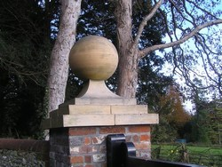Large buff finial